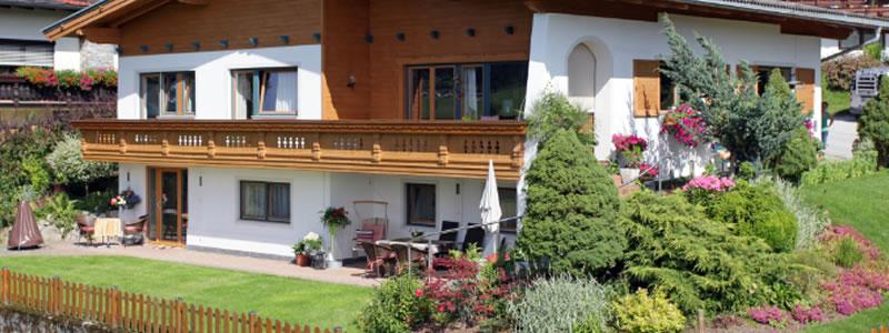 Exenberger Haus im Sommer